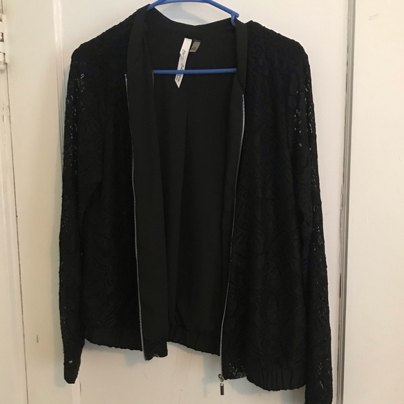 NY Collection Jackets & Blazers - NY Collection Black jacket w/ lace sleeves med/p